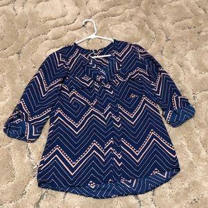 Patterned 3/4 sleeve dress shirt